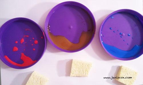 SP-paints-and-sponge